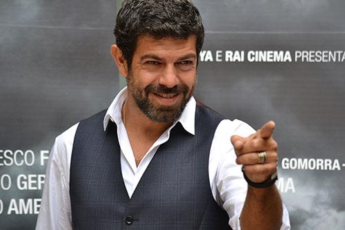 Quelli che il calcio, anticipazioni 18 ottobre: Pierfrancesco Favino e i Neri per Caso ospiti