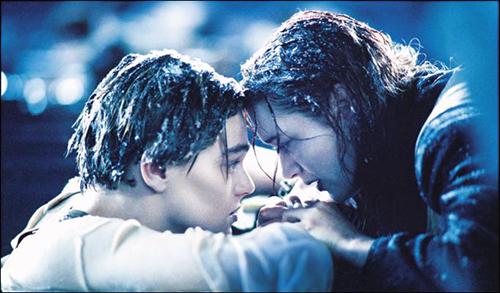 Film in TV: Titanic, stasera 13 ottobre su Canale 5 e in streaming la seconda parte