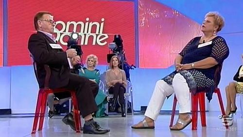 Anticipazioni Uomini e Donne: oggi 2 ottobre 2015 in onda il trono over, replica streaming