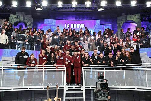 Amici 15, ecco la nuova classe: i 21 nuovi concorrenti, boom di ascolti su Canale 5