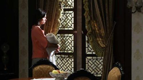 Anticipazioni Il Segreto dell'1 novembre 2015: il battesimo di Esperanza, info streaming e replica