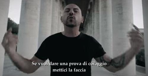 Sotto Copertura, la canzone rap Miettice 'a faccia di Lucariello: TESTO e VIDEO