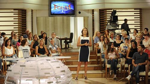 Lo Speciale di Forum nella Giornata contro la violenza sulle Donne, diretta tv con Barbara Palombelli