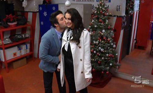 Riassunto Grande Fratello 2015, terzultima puntata: Simone e Federica in finale alla 'faccia' dell'italiano becero
