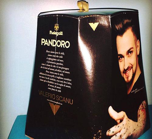 Valerio Scanu sul Pandoro limited edition targato Melegatti: la reazione del web