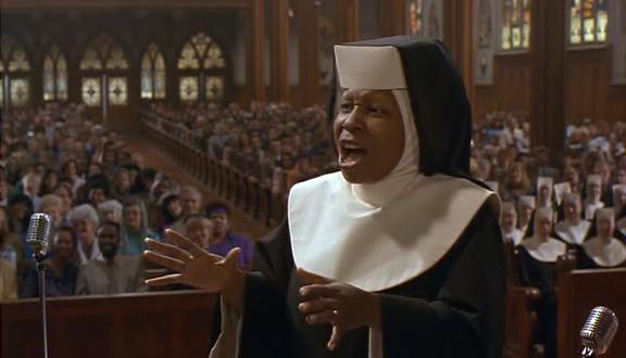 Programmi Tv, stasera 5 dicembre: Sister Act-Una svitata in abito da suora, Lo Show dei Record, Teo in the Box