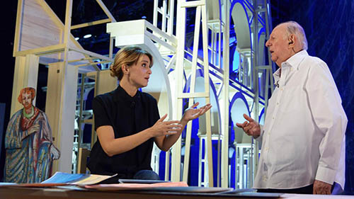 Callas, le anticipazioni: stasera 4 dicembre Dario Fo e Paola Cortellesi insieme, info streaming e replica