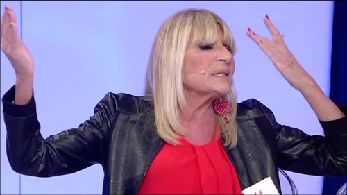 Anticipazioni Uomini e Donne, oggi 2^ parte trono over: Gemma Galgani bacia Paolo