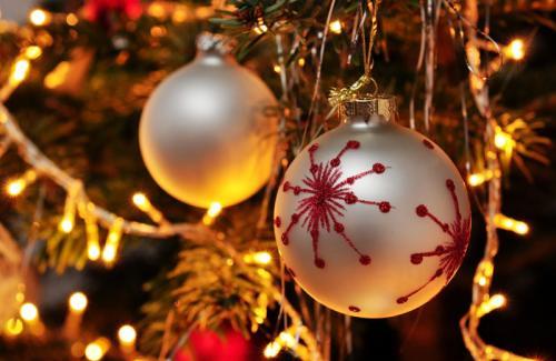 Programmi Tv, stasera 25 dicembre: I Dieci Comandamenti e tanti film per Natale 2015