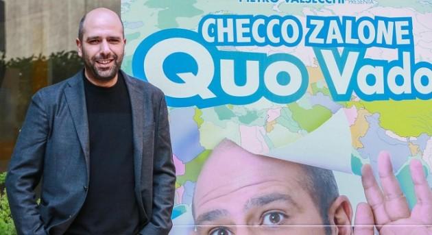 Tv Talk, anticipazioni 9 gennaio: la tv di Roberto Saviano, focus su Don Matteo 10 e Checco Zalone