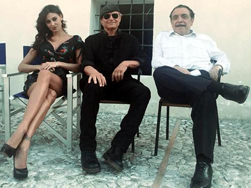 Don Matteo 10, Belen Rodriguez protagonista della prima puntata: 'Recitare con lui è stato un regalo!'