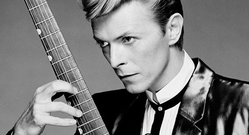 David Bowie morto: il ricordo di Rai e Mediaset, ecco come cambia la programmazione