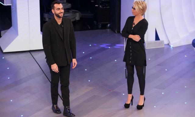 Ascolti Tv, 9 gennaio 2016: C'è posta per te vince con 5,7 mln; Il principe abusivo a 3,7 mln