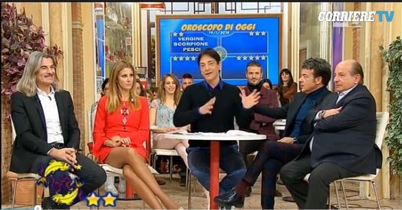 Tv Talk, anticipazioni 23 gennaio: la lite tra Paolo Fox e Magalli, Costantino della Gherardesca tra gli ospiti