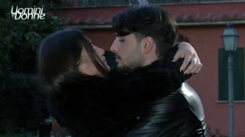 Gossip Uomini e Donne: oggi in onda la scelta di Ludovica Valli mentre Beatrice rompe con Marco Fantini