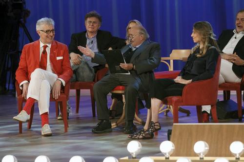 Maurizio Costanzo show: rissa Costanzo-Eleonora Brigliadori, lei va via