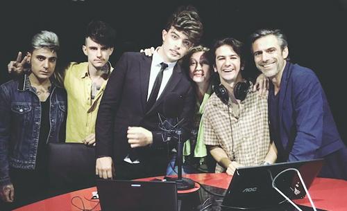 Stash dei The Kolors e Francesco Mandelli fanno pace dopo la lite agli MTV Music Award, le dichiarazioni