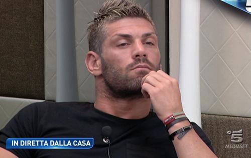 Grande Fratello Vip: dopo la battuta omofoba Clemente Russo in nomination, Giulia De Lellis incinta di Andrea Damante?