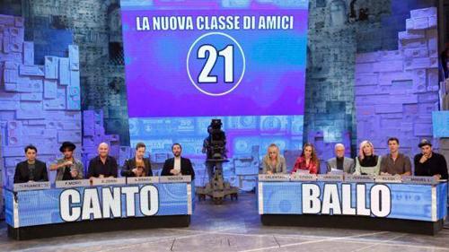 Amici 16, anticipazioni: Boosta ed Emanuel Lo professori, il 19 novembre la prima puntata
