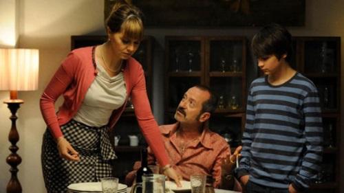 Stasera in Tv, Mediaset: Un boss in salotto e Bring The Noise, anticipazioni e trama di oggi 2 novembre 2016
