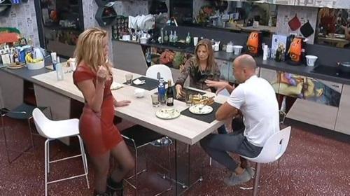 Grande Fratello Vip, news: Valeria Marini VS Stefano Bettarini, Mariana Rodriguez li ha divisi?