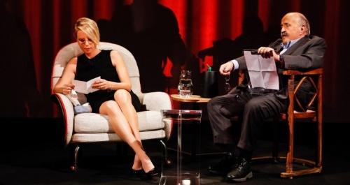 L'Intervista di Maurizio Costanzo a Maria De Filippi, nella seconda serata di oggi di Canale 5