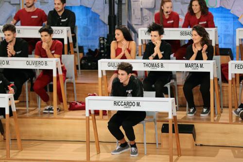 Amici 16, anticipazioni 18 febbraio 2017: Elisa perde la sfida, Alessio e Francesco eliminati
