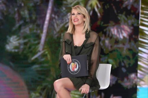 Isola dei Famosi 2017, news: Alessia Marcuzzi e le dichiarazioni sul cast, Stefano Bettarini e Vladimir Luxuria