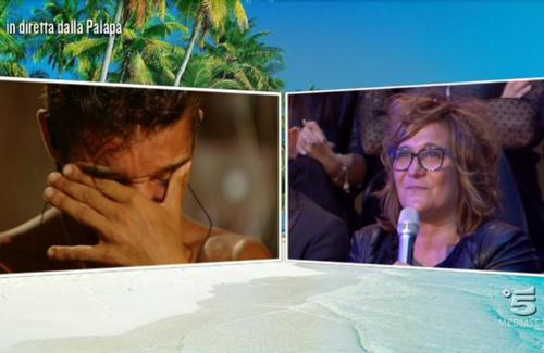 Isola dei Famosi 2017: Paola Barale in Honduras? Arriva Imma Battaglia, Ceccherini in studio e Moreno in nomination