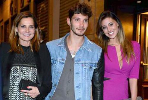 Selfie, le cose cambiano anticipazioni: Belen Rodriguez e Iva Zanicchi new entry, Stefano De Martino via?