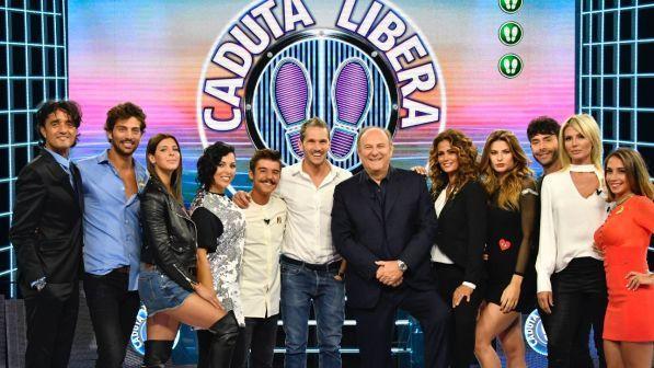 Caduta Libera, prima puntata oggi 30 aprile: con Gerry Scotti giocano gli ex naufraghi de L'Isola dei Famosi 2017