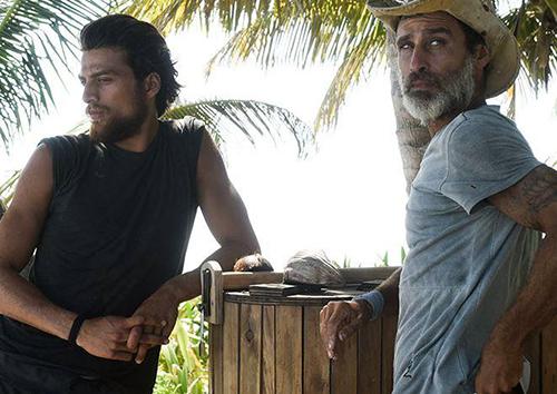 Isola: Eva ruba il riso, Nancy e Malena la scoprono