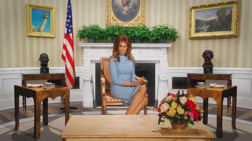 """Virginia Raffaele è Melania Trump in Facciamo che io ero: """"La terza guerra mondiale non inizia oggi, ma domani"""""""