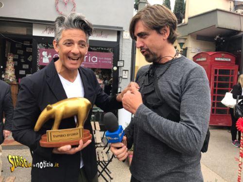 Striscia la Notizia e nuovo Tapiro a Fiorello battuto da Belen Rodriguez: anticipazioni 29 maggio 2017