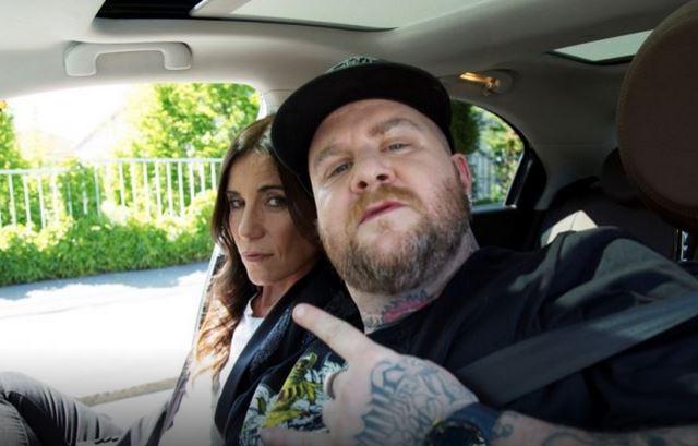 Carpool Karaoke, anticipazioni 20 giugno, penultima puntata: Paola Turci ospite di Jake La Furia