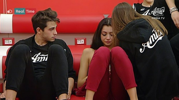 """Gossip Amici 16: Giulia punta il dito contro Riccardo Marcuzzo """"Ero tua, ti sei preso gioco di me!"""""""