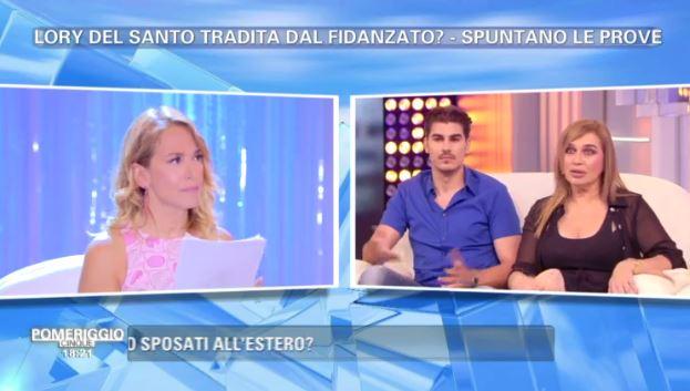 Gossip, Marco Cucolo ha tradito Lory Del Santo? I messaggi a Pomeriggio 5 da Barbara d'Urso