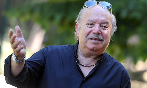 """Lino Banfi, brutto momento per l'attore: """"Mia moglie sta male"""", il ricordo a Paolo Villaggio e Domenico Modugno"""