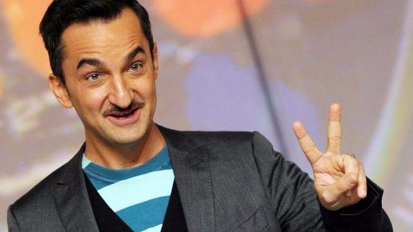 Nicola Savino a Mediaset, ecco cosa farà: diviso tra Le Iene e lo show in prima serata, tutte le anticipazioni