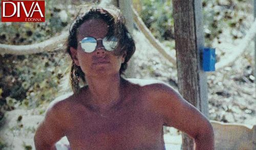 """Gossip Tv, Paola Perego: topless mozzafiato dopo lo """"scandalo"""" della trasmissione cancellata"""
