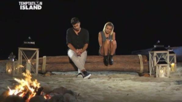 Temptation Island 2017, anticipazioni seconda puntata 3 luglio: Riccardo e Camilla, primo falò di coppia