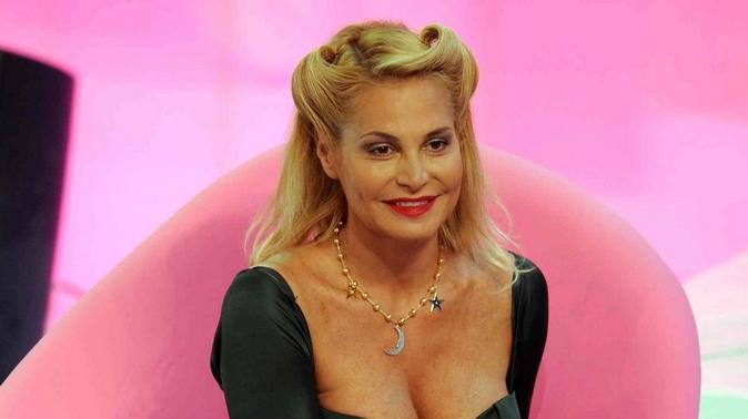 """Simona Ventura torna in tv: """"Su di me calunnie e cattiverie. Isola dei Famosi? Non la condurrò, almeno in Mediaset"""""""