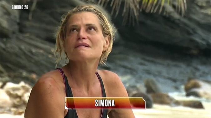Simona Ventura, da tutto a niente: Surviving Africa cancellato, non farà Striscia e Temptation