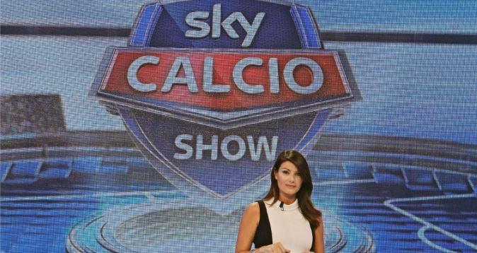 Calcio in Tv, la Serie A su Sky: tutte le partite e i programmi del weekend, torna Ilaria D'Amico