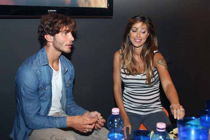 Belen Rodriguez e Stefano De Martino, la divertente gaffe