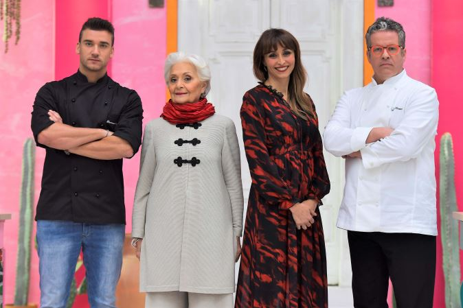 Bake Off Italia 2017, anticipazioni 8 settembre 2017: i 16 concorrenti nel tendone, prime prove e info streaming