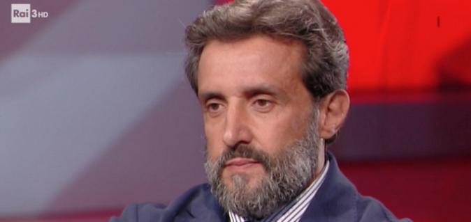 Flavio Insinna torna in TV con CartaBianca: ecco il suo nuovo ruolo e le parole del direttore di Rai3
