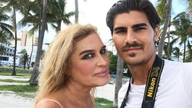 """Lory Del Santo a Miami con Marco Cucolo: """"Ho paura!"""", L'Uragano Irma raccontato a Pomeriggio 5"""