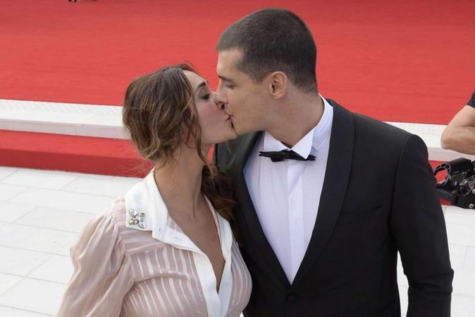 Uomini e Donne, Sonia Lorenzini ed Emanuele Mauti: litigano spesso ma sognano il cinema e le nozze