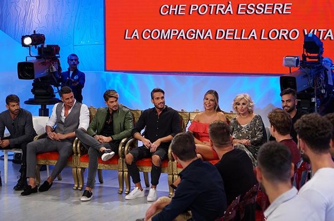 Uomini e Donne, anticipazioni: Mario Serpa opinionista, Francesco e Selvaggia ancora in studio